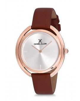 Montre Daniel Klein Femme bracelet cuir marron fond rose