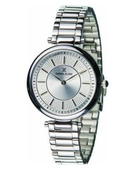 Montre femme Daniel Klein avec un magnifique bracelet lisse diamètre 3,2 cm, garantie 2 ans.